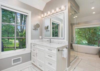 Countryside bathroom 1